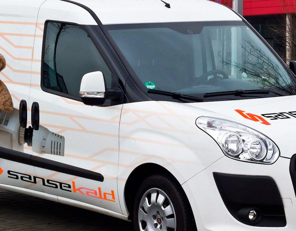 Rotulacion de furgoneta Sansekald. Rotula tus furgonetas con la mejor empresa de rotulacion en Madrid. Prorotul rotulacion profesional para furgonetas.
